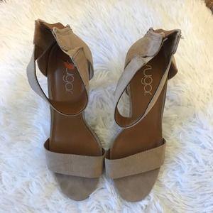 Sugar Skyla nude chunky heels